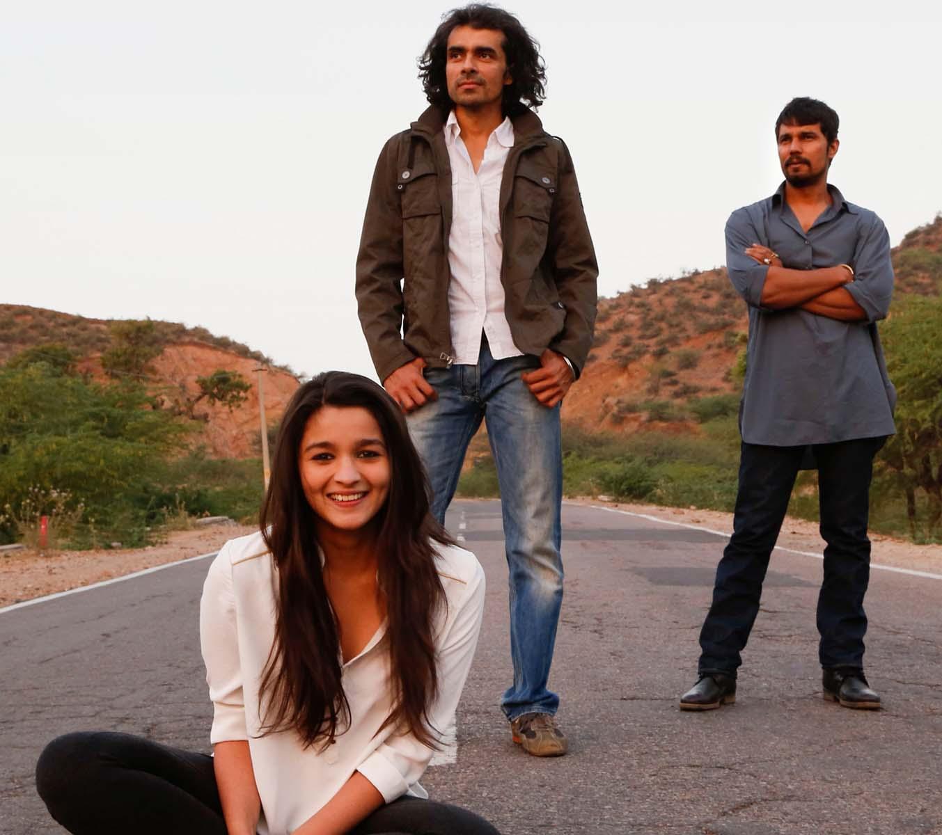 Alia Bhatt & Rondeep Huda Hindi Movie Highway